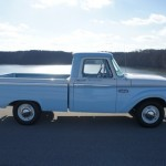 1966 Ford F100 Short Bed - Side