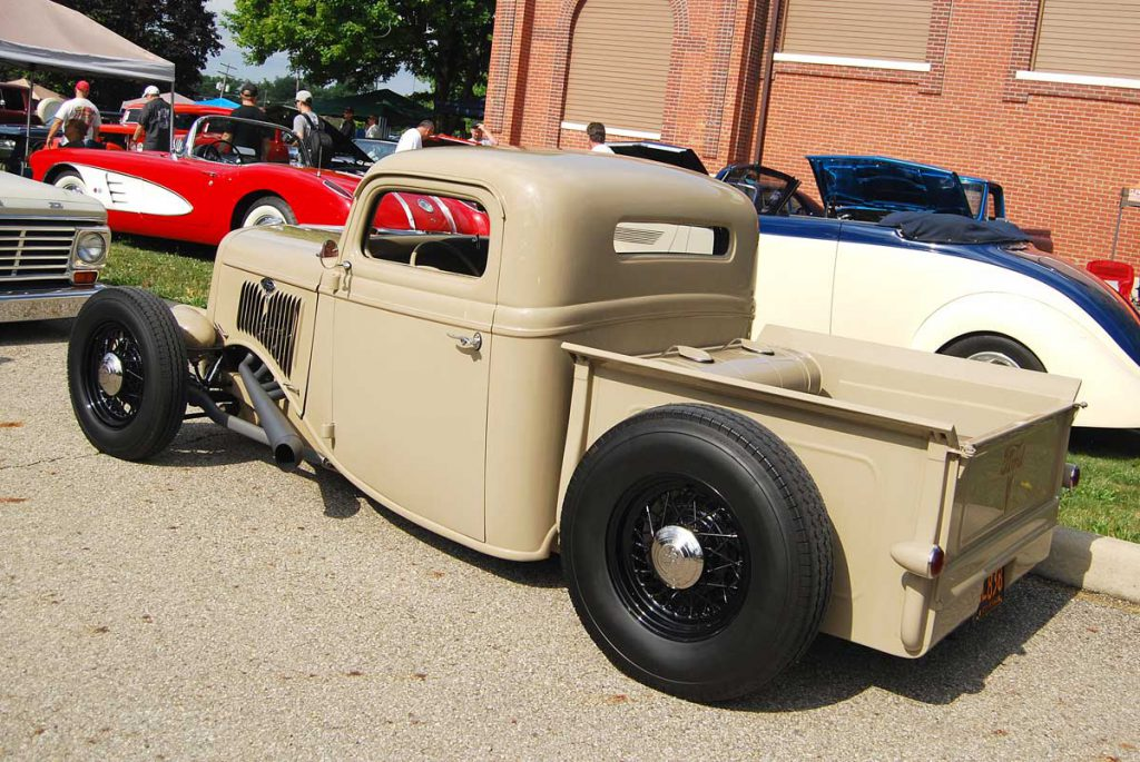 35 Ford Truck - Back & Side