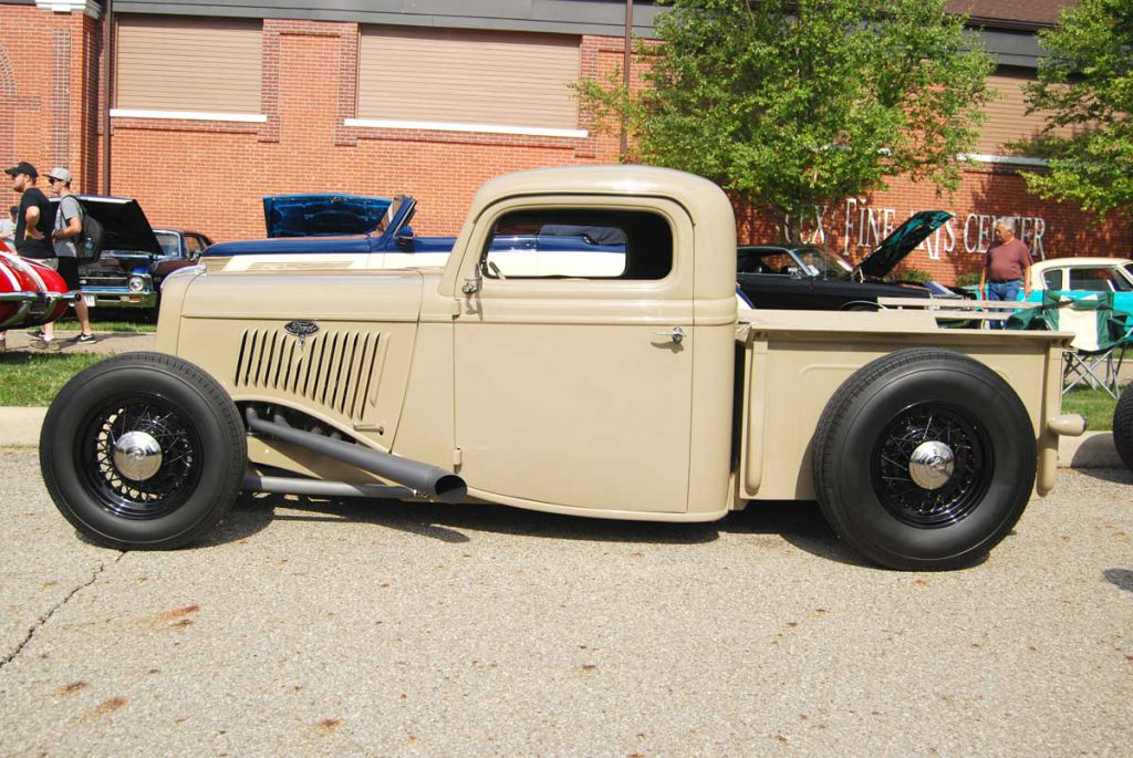 35 Ford Truck - Side