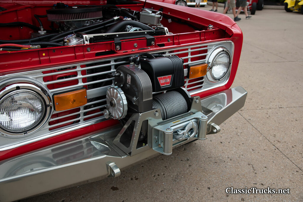 76 Ford Bronco with Warn winch